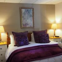 Hotel Pictures: Forest Lodge Chalets, Bright