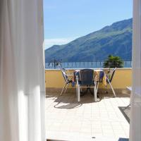 Superior Double Room with Terrace and Lake View