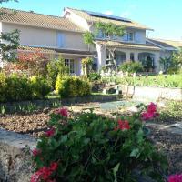 Hotel Pictures: La Provencale, Saint-Didier-de-la-Tour