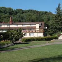 Hotel Pictures: Villa Baviera, Hotel Baviera Chile, La Máquina