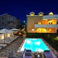 Comfort One-Bedroom Apartment with Terrace and Pool view