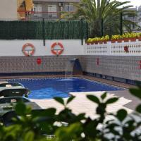 Hotel Pictures: Aparthotel Safari, Calella