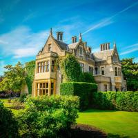Hotel Pictures: Foxhills, Ottershaw