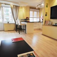 One-Bedroom Apartment at 8 Bolshoy Kondratievsky Pereulok