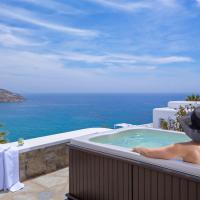 Honeymoon Suite with Sea View and Outdoor Hot Tub