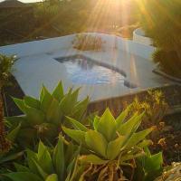 Hotel Pictures: Bungalows Canary Islands, Los Llanos de Aridane