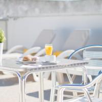 Hotel Pictures: Hostal Residencia Menurka, Ciutadella