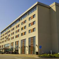 Hotel Pictures: Village Hotel Swansea, Swansea