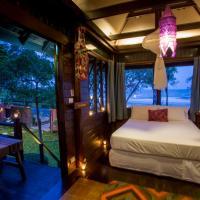 One-Bedroom Sea View Villa