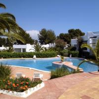 Hotel Pictures: Aldea Bonsai, Santa Eularia des Riu