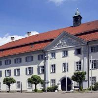 Hotel Pictures: Tagungshaus Schönenberg, Ellwangen
