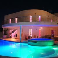Hotel Pictures: Beach Villa Buzios Natal, Pirangi do Norte