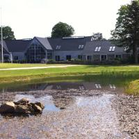 Hotel Pictures: Tollundgaard Golf Park & Apartments, Funder Kirkeby
