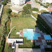 Studio Apartment with Pool View