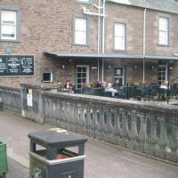 Hotel Pictures: The Village Inn Apartment, Dunblane