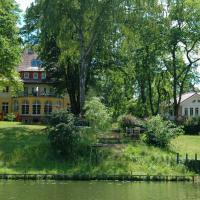 Hotel Pictures: Landhaus Himmelpfort am See, Fürstenberg-Havel