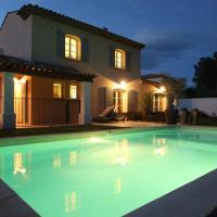 Hotel Pictures: Ma Villa en Provence, Mallemort