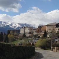 Hotel Pictures: Villa Florida, Osséja