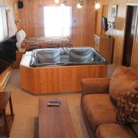 Hotel Pictures: Tallpine Lodges, West Hawk Lake