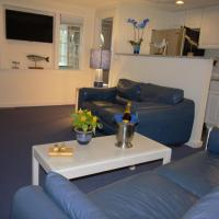 Two Bedroom Apartment - Four Double Beds
