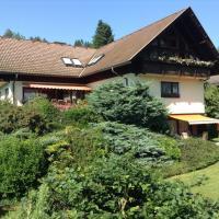 Hotel Pictures: Ferienwohnungen Salmen, Pörtschach am Wörthersee