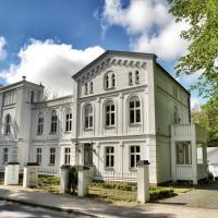 Hotel Pictures: Apartments Fürstenvilla Putbus, Putbus
