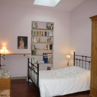Hotel Pictures: Chambre d'hôtes - Dodo et tartines, Bayeux