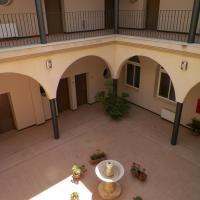 Hotel Pictures: Ciudad del Renacimiento, Baeza
