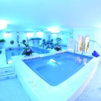 Double or Twin Room with Spa Access