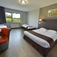 Quadruple Room with 1 Double Bed and 2 Single Beds