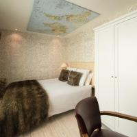 La Cabane Double Room with Courtyard View