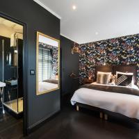 Rêve de Papillon Double Room with Courtyard View