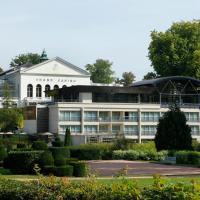 Hotel Pictures: Le Forges Hotel, Forges-les-Eaux