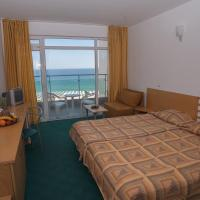 Superior Twin Room with Front Sea View