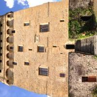 Hotel Pictures: Chambre d'hôtes de la Tour de Masse, Espalion