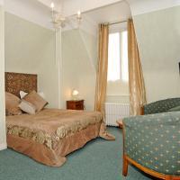 Hotel Pictures: Hotel La Tour, Sully-sur-Loire