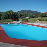 Hotel Pictures: Parcela Santa Barbara, Melipilla
