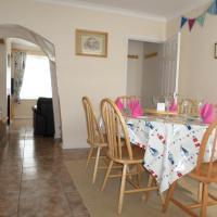 Hotel Pictures: Sunrise Cottage, Lowestoft