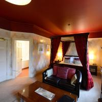 Four-Poster Deluxe Room