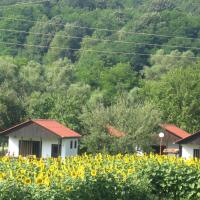 Hotel Pictures: Lucky Bungalows, Elena
