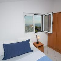 One-Bedroom Apartment with Balcony and Sea View (6 Adults)