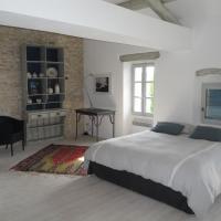 Hotel Pictures: Provence Secrète-Maison Provencale de Hameau, Gordes
