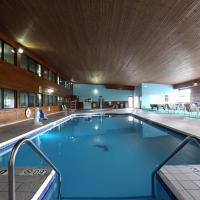 Econo Lodge Inn & Suites Green Bay