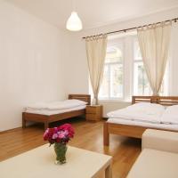 Hotel Pictures: Spacious City Center Apartment, Prague