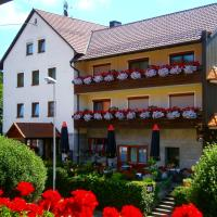 Hotel Pictures: Gasthof Drei Linden, Obertrubach
