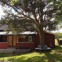 Two-Bedroom Cottage (6 Adults)