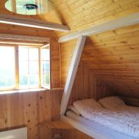 One-Bedroom Cottage with Loft (6 Adults)