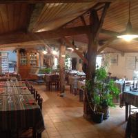 Hotel Pictures: Ferme Auberge L'Ile Sauvage, Bouin