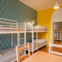 Bed in 8-Bed Dormitory Room with Bathroom