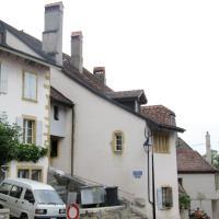 Hotel Pictures: Neuchâtel Vieux Village Hauterive, Neuchâtel
